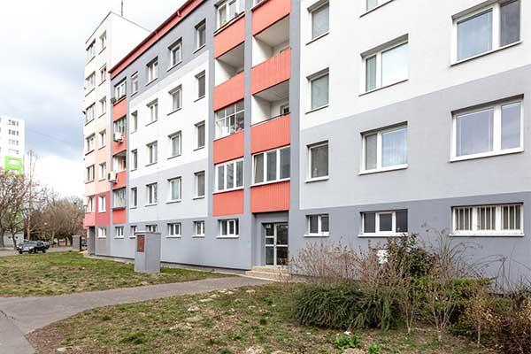 Bytový dom Ľubovianska, Bratislava