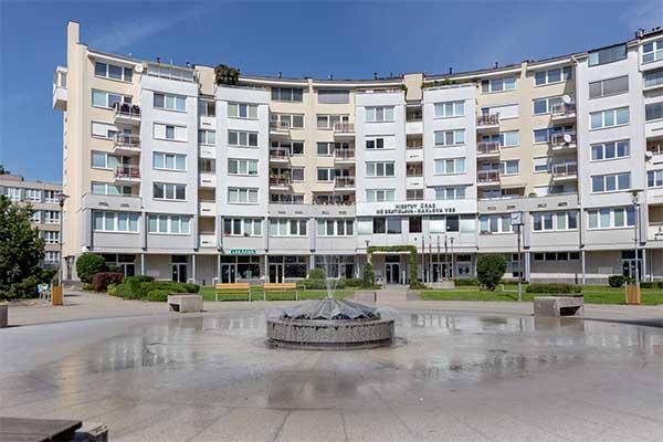 Byt na námestí sv. Františka, Bratislava