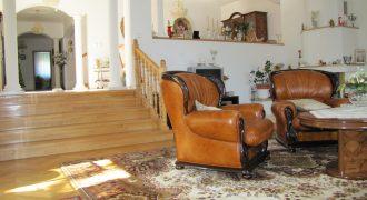 6 izbová rodinná vila vKrálovej pri Senci