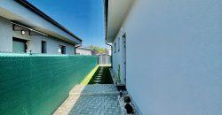 3 IZ. DOM, Malé Leváre
