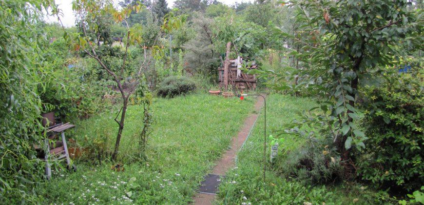 ALLE, s.r.o.: Záhrada smurovanou chatkou vzáhradkarskej oblasti Trnava – štrky