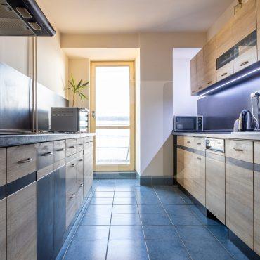 ALLE, s.r.o.: 4 izb. byt s najkrajším výhľadom v Dúbravke a veľkou loggiou